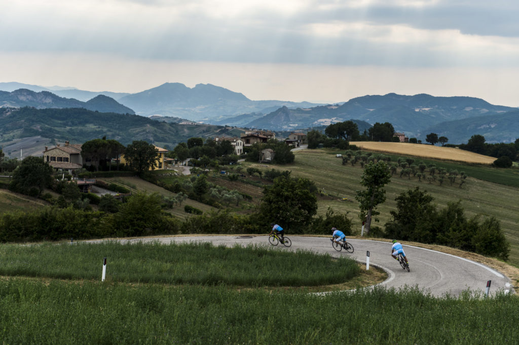 ciclisti su strada a San Marino
